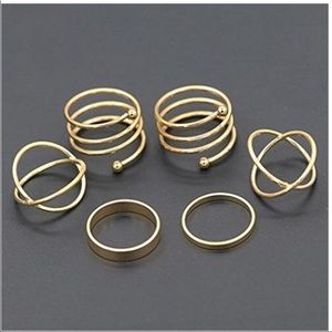 Jewelry - Set of 6 rings